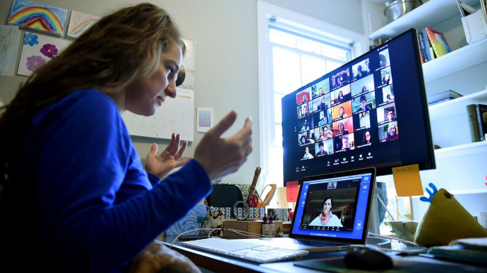 Five tips   to look your best on video calls