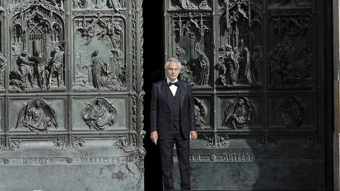 Andrea Bocelli performs in empty Milan cathedral amidst coronavirus lockdown -   VIDEO