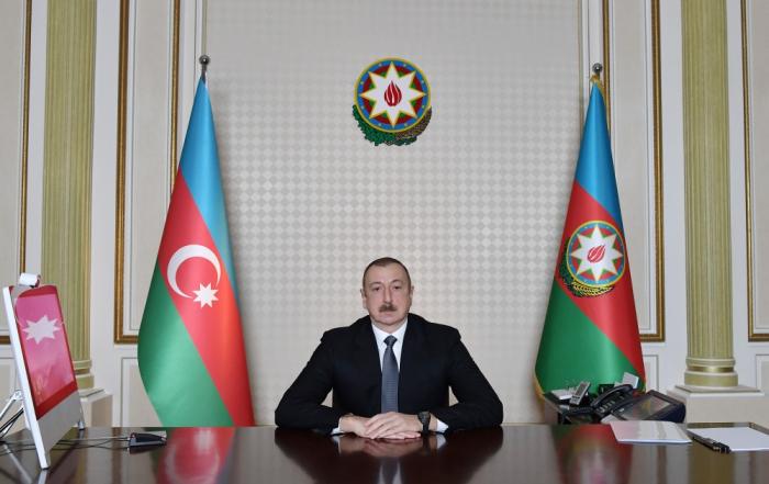 """Vətəndaşlar Prezidentə yazırlar: """"Xalqımız həmişə sizinlədir"""""""