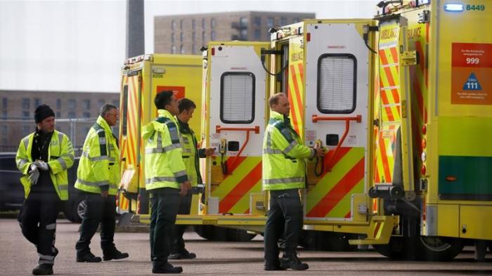 Another 888 dead as UK coronavirus death toll passes 15,000