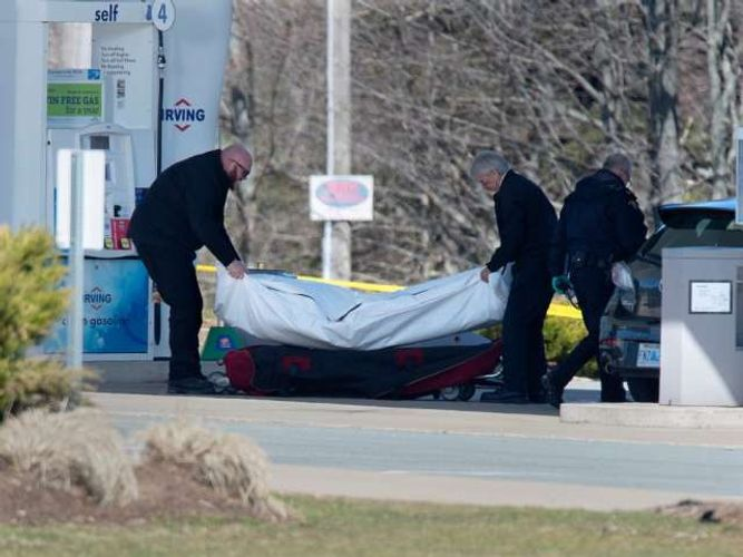 Trudeau: Death toll from shooting in Canada