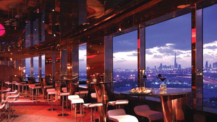 Dubai opens restaurants and cafes, resumes public transportation