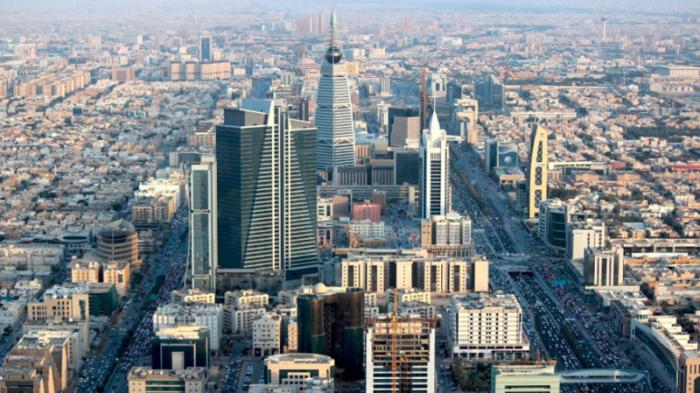 Saudi eases coronavirus curfews, keeps 24-hour curfew in Mecca