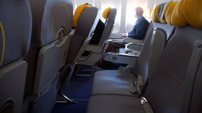 Will empty middle seats help  social distancing  on planes?