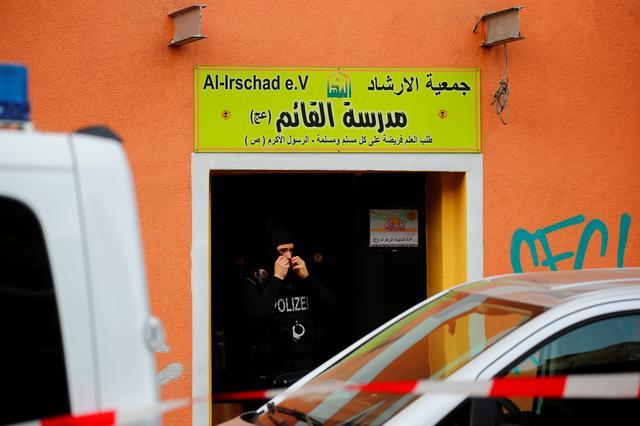 Germany bans Hezbollah activity, raidsmosques