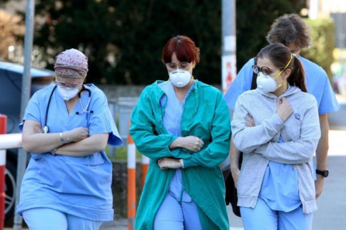 Niderlandda bir gündə 1061 nəfər koronavirusa yoluxdu