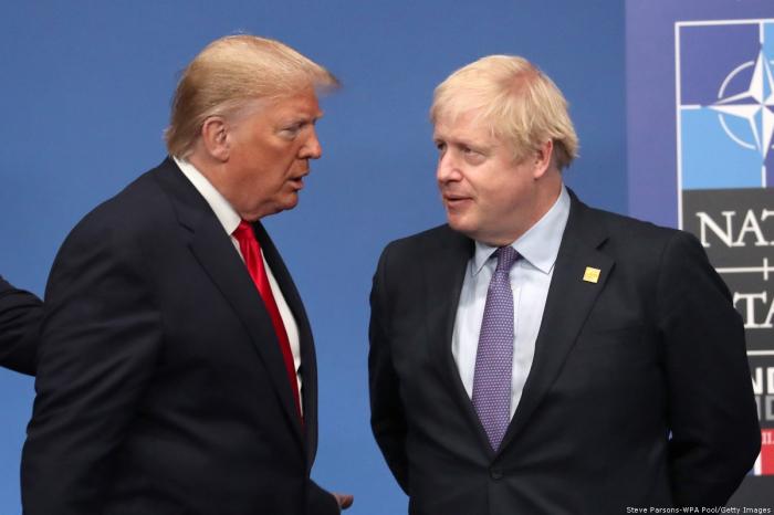Trump souhaite un prompt rétablissement à son «ami» Boris Johnson