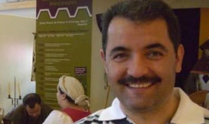 Türkiyəli diplomat koronavirusdan vəfat edib