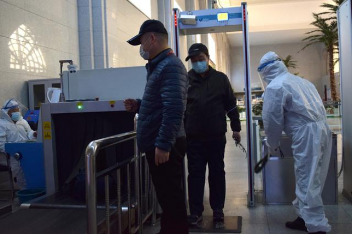China reports five new coronavirus cases, adviser says risk of second wave remains