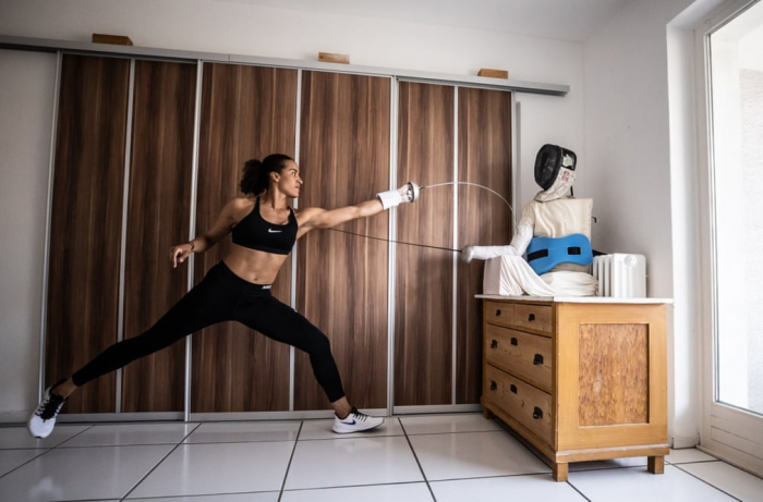 Working out from home: athletes find creative ways to train –  PHOTOS