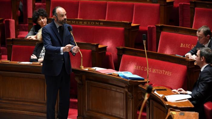 France:   le confinement «va durer», déclare Édouard Philippe
