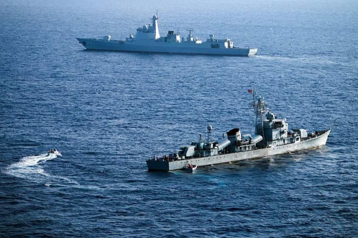 Iranian vessels come dangerously close to U.S. military ships