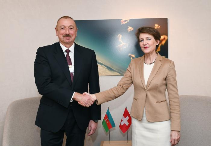 La présidente suisse a félicité Ilham Aliyev