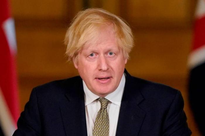 Le Royaume-Uni prévoit de rouvrir les commerces en juin