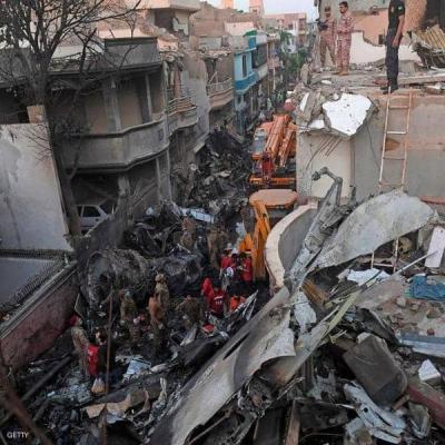 """معجزات """"الباكستانية"""".. ناجيان من الكارثة ومحظوظة لم تسافر"""