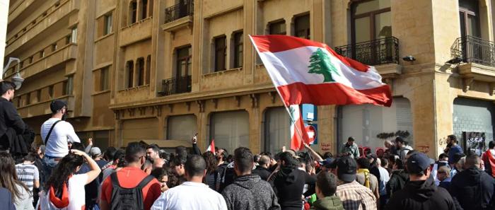 وزير الصناعة اللبناني: لنتجه شرقا ولن ننتظر إشارة من أحد