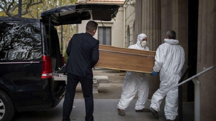 İtaliyada daha 369 nəfər pandemiyanın qurbanı oldu