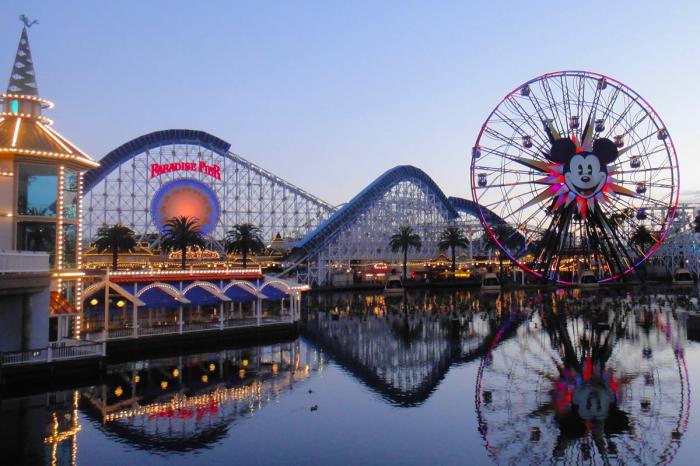 Disney takes $1.4 billion coronavirus hit, sets date to reopen Shanghai park