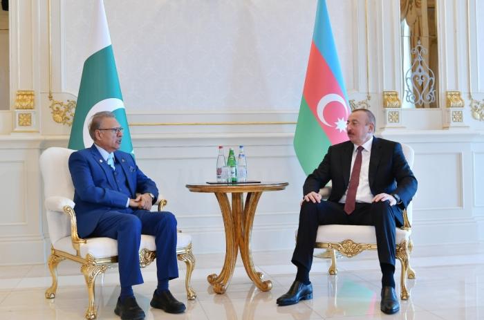 President of Pakistan makes phone call to Azerbaijani president