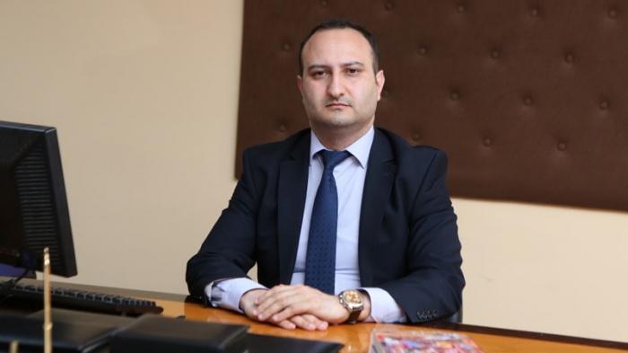 Yeni rektor kollektivə təqdim olundu