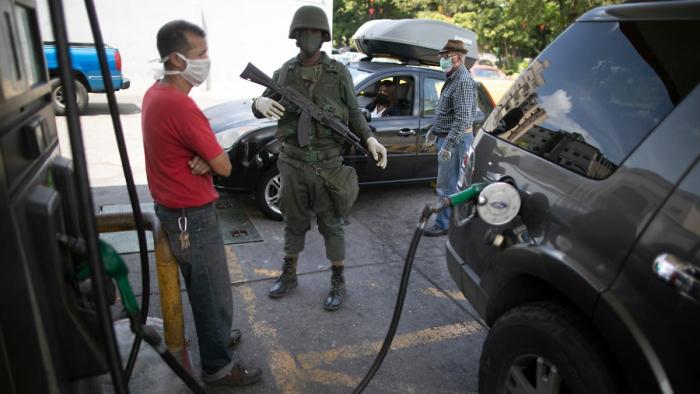 Venezolanische Armee will iranische Öltanker eskortieren