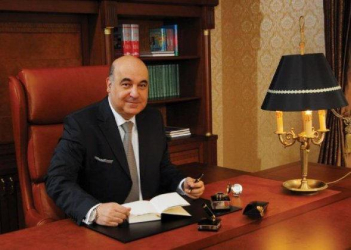Der russische Präsident verleiht Chingiz Abdullayev den Orden der Freundschaft