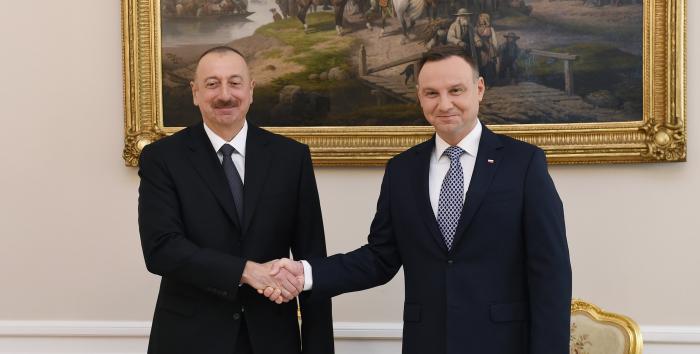 Polish President congratulates Ilham Aliyev on Republic Day