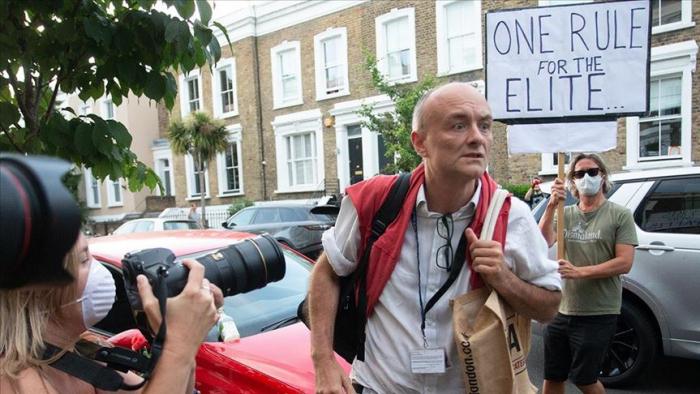 Asistente de Boris Johnson evita disculparse por supuesta violación a la cuarentena de hace unos días