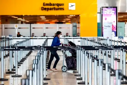 Entró en vigor en EEUU la prohibición de entrada de pasajeros procedentes de Brasil
