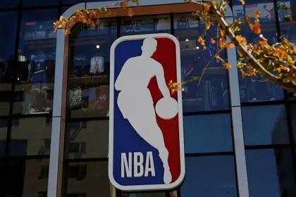 La NBA evalúa un formato similar al de la fase de grupos del Mundial de fútbol para concretar su retorno