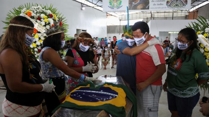 Brasil alcanza un récord diario de infecciones, con 33.274 casos de covid-19 y 956 muertes