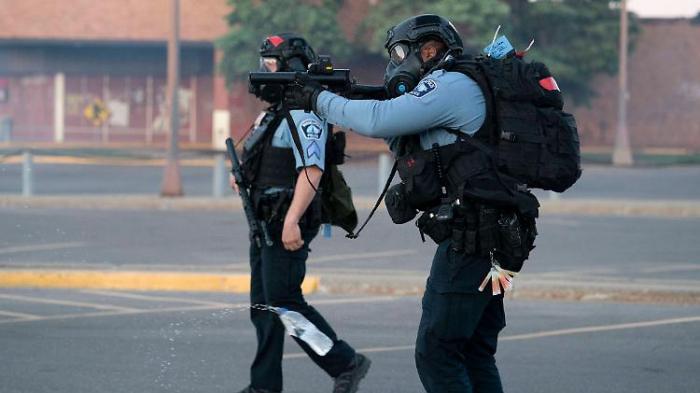 US-Polizisten schießen auf Journalisten
