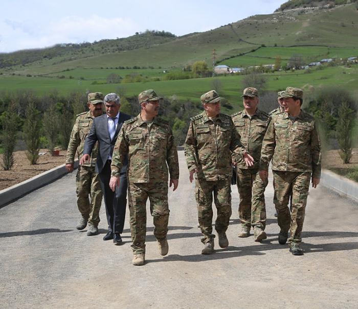 Generallar cəbhəboyu zonada - FOTO+VİDEO