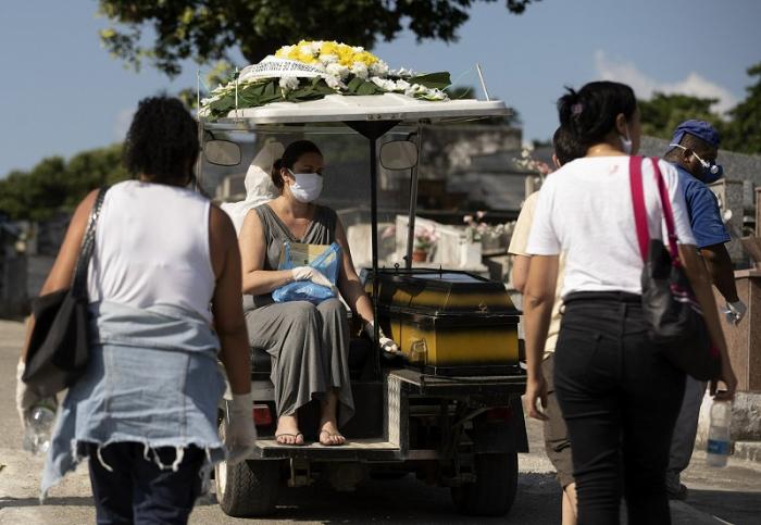 Braziliyada daha 749 nəfər COVID-19-dan öldü