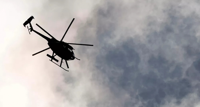 سقوط باب طائرة عسكرية على مدرسة في دبلن... فيديو