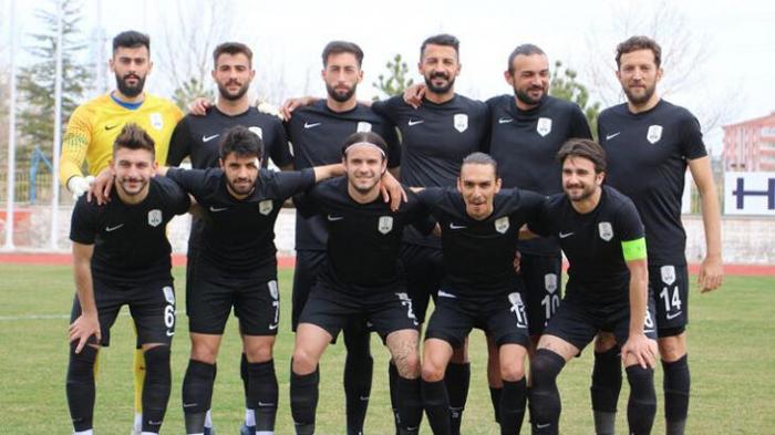 Türkiyə klubunun 9 əməkdaşı koronavirusa yoluxdu