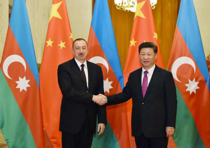 Xi Jinping felicita a Ilham Aliyev