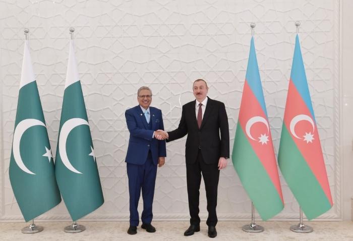 Pakistan Prezidenti İlham Əliyevi təbrik edib