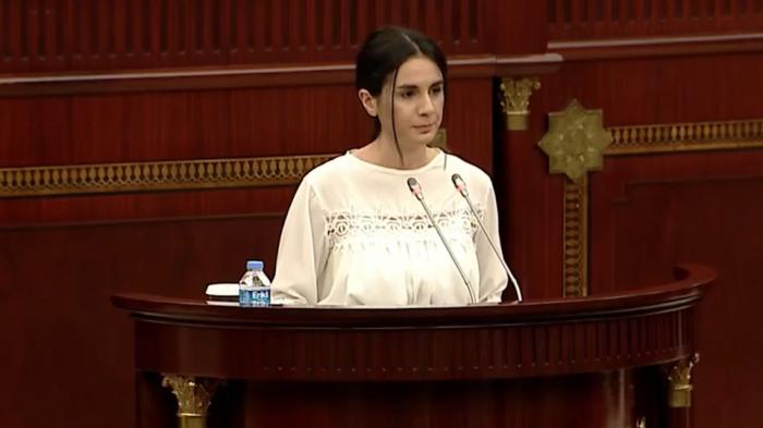"""""""Anam mənə Şuşada lay-lay deməyib"""" - Deputatları kövrəldən çıxış (VİDEO)"""