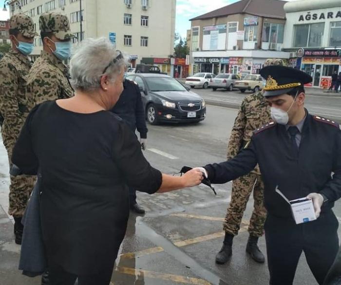 Vətəndaşlara tibbi maskalar paylanıldı