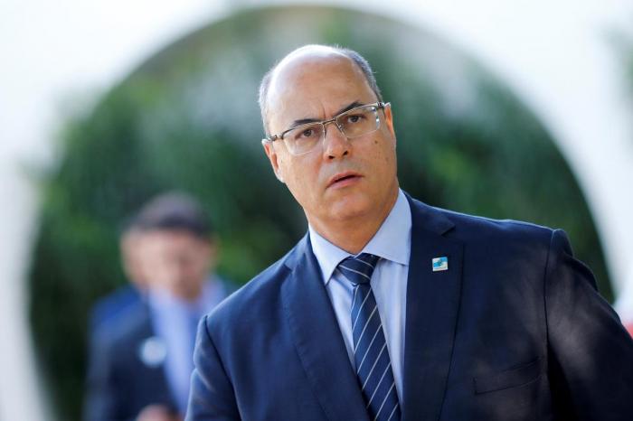 Brazil police search Rio de Janeiro governor