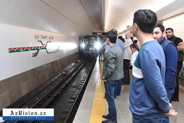 Metroda bir sərnişinin daşınması 52 qəpiyə başa gəlir