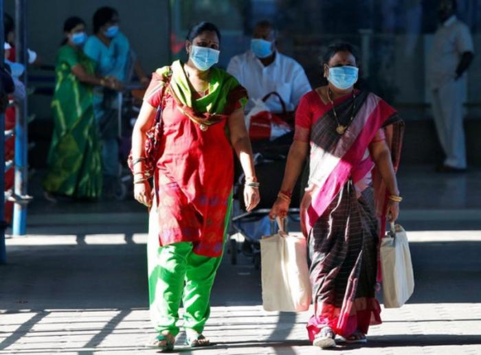 """Hindistanda 70 756 nəfər """"COVID-19""""a yoluxub"""