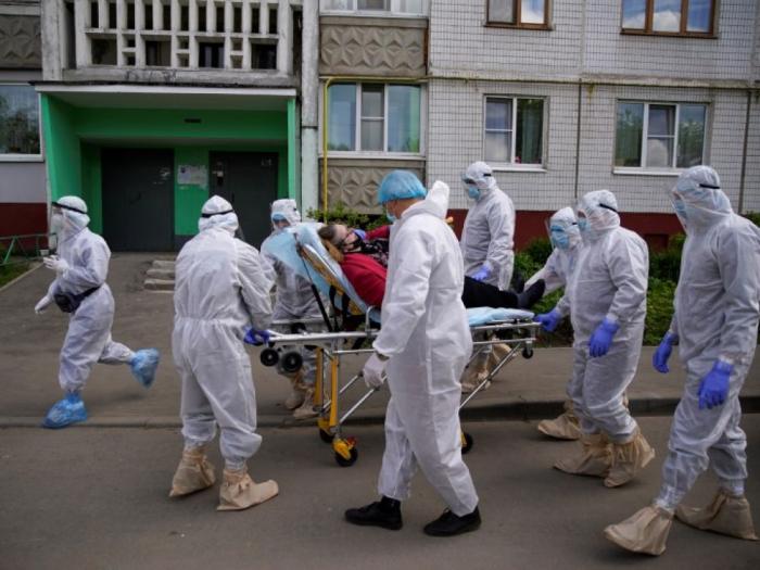 Le nombre de cas dépasse 400.000 en Russie