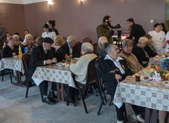 Ermənistanda qocalar evində koronavirusa kütləvi yoluxma