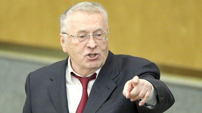 Jirinovski deputatların sayını azaltmağı təklif edir