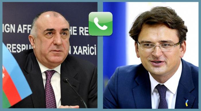 مكالمة هاتفية بين وزيري الخارجية الاذربيجاني والاوكراني