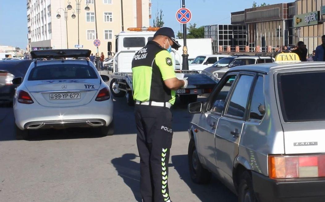 Polis karantin qaydalarına nəzarəti gücləndirdi