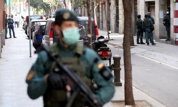 Isis suspect who defied coronavirus lockdown in Barcelona arrested