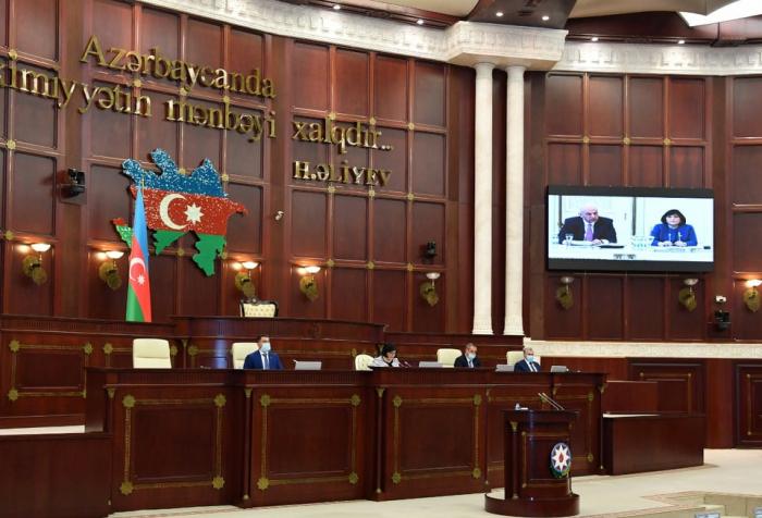 Arranca la sesión plenaria del Milli Majlis de Azerbaiyán